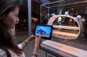 """Das Universalmuseum Joanneum setzt zunehmend auf die Integration der Neuen Medien in der musealen Arbeit. Hier: Ausstellungs-App zur Ausstellung """"Kultur: Stadt"""", noch zu sehen bis zum 13.10.2013 im Kunsthaus Graz, @UMJ/N. Lachner."""