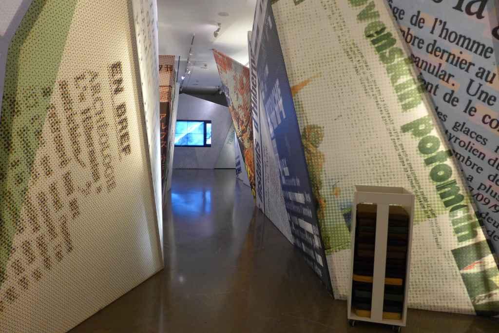 Blick in die Ausstellung zu Ötzi in Bozen.