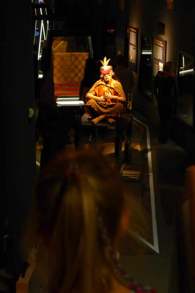 """""""Inka - Könige der Anden"""" - Eine Ausstellung des Linden-Museums Stuttgart in Zusammenarbeit mit der Veranstaltungs- + Kongress GmbH Rosenheim im Ausstellungszentrum Lokschuppen"""