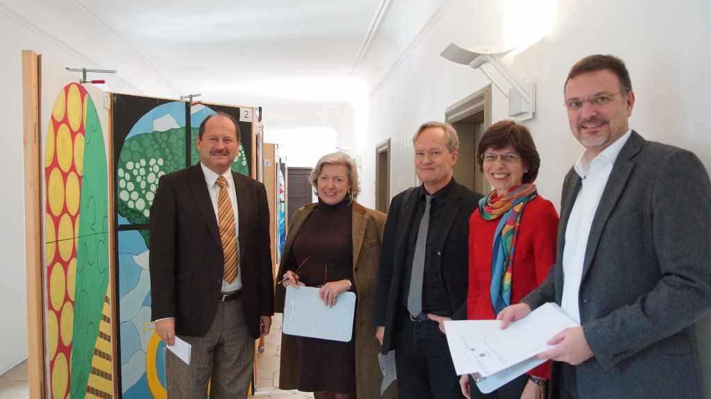 Die Jury! Von links nach rechts: Dr. Wolfgang Illert, Edith von Weitzel-Mudersbach, Mathias Pfeil, Dr. Uta Piereth, Jürgen Bauer