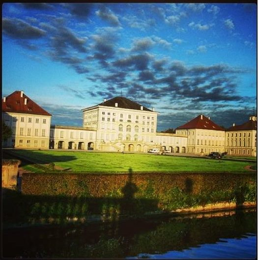 Eine wunderbare LIebeserklärung an Schloss Nymphenburg - dramatisch und schön! [Foto: Tanja Praske]