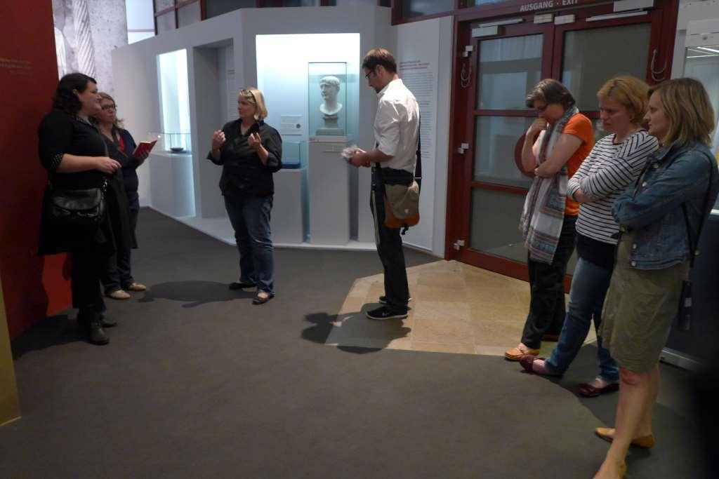 Caritas Ausstellung; #caritasAusstellung; Diözesanmuseum Paderborn; Ausstellung Paderborn; Dr. Ruhmann; Caritas; Nächstenliebe; Bloggerreise; #pbkleiner3