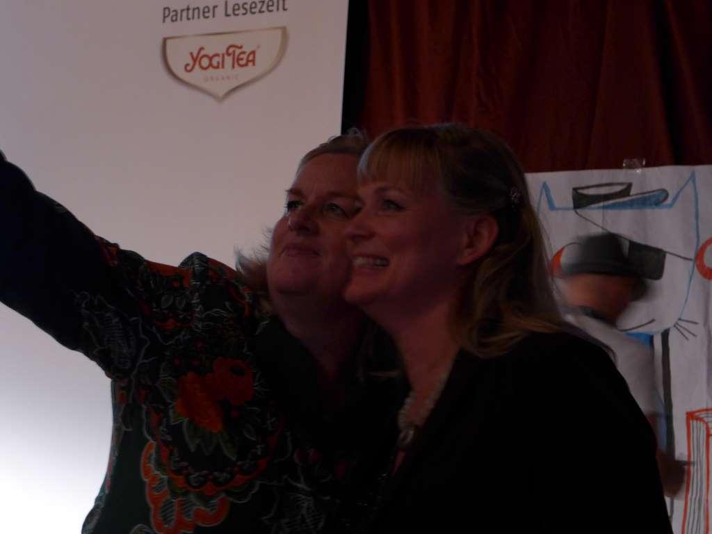 Selfie von Kulturtussi und mir nach der Preisverleihung des Virenschleuderpreises 2015