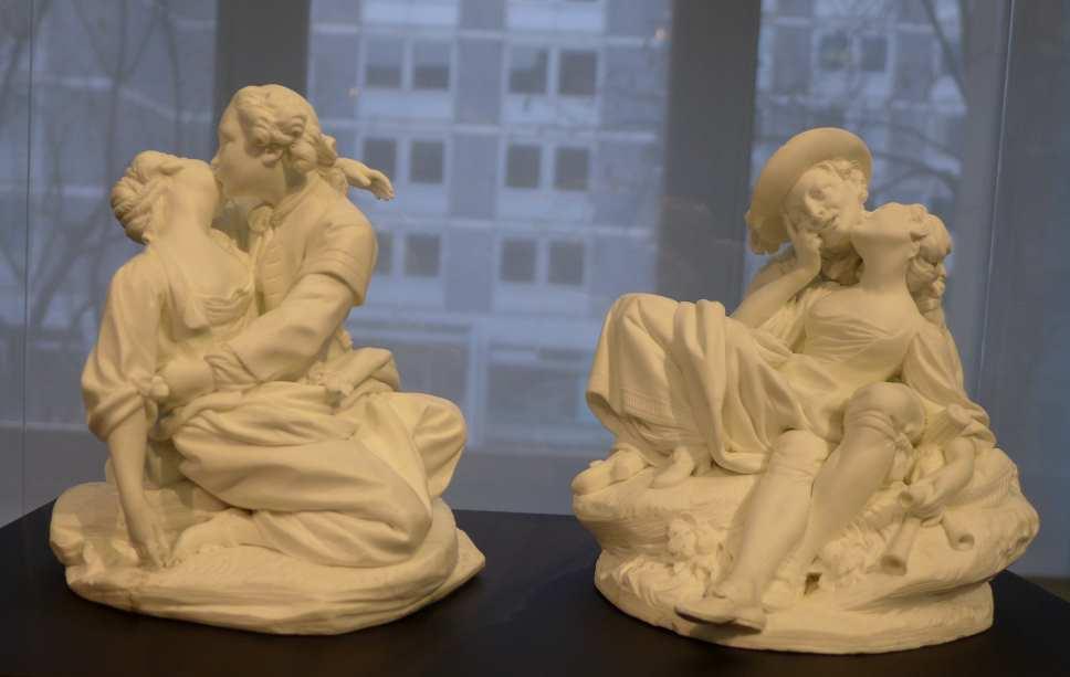 Falconet; rokoko; Gefährliche Liebschaften; Liebieghaus Skulpturensammlung; Museumsufer; Biscuitporzellan; Le baiser rendu