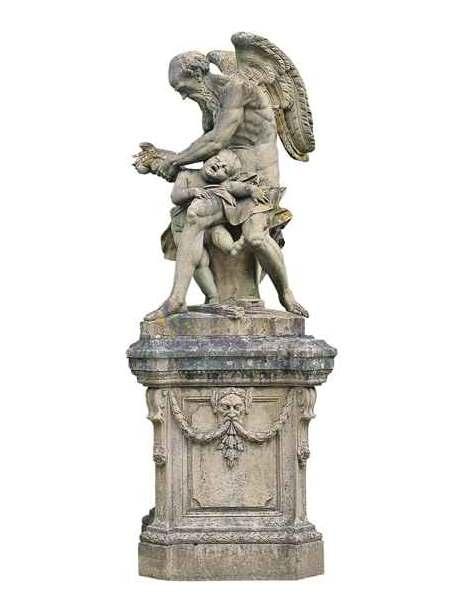 """Saturn stutzt Amor die Flügel, Skulptur von Johann Peter Wagner #KultTrip """"Bayerns Schlösser""""."""
