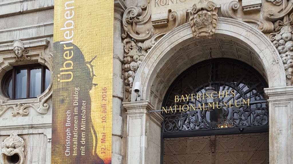 """Bayerisches Nationalmuseum, Ausstellung """"Überleben"""" von Christoph Brech, #MmuseumsT"""