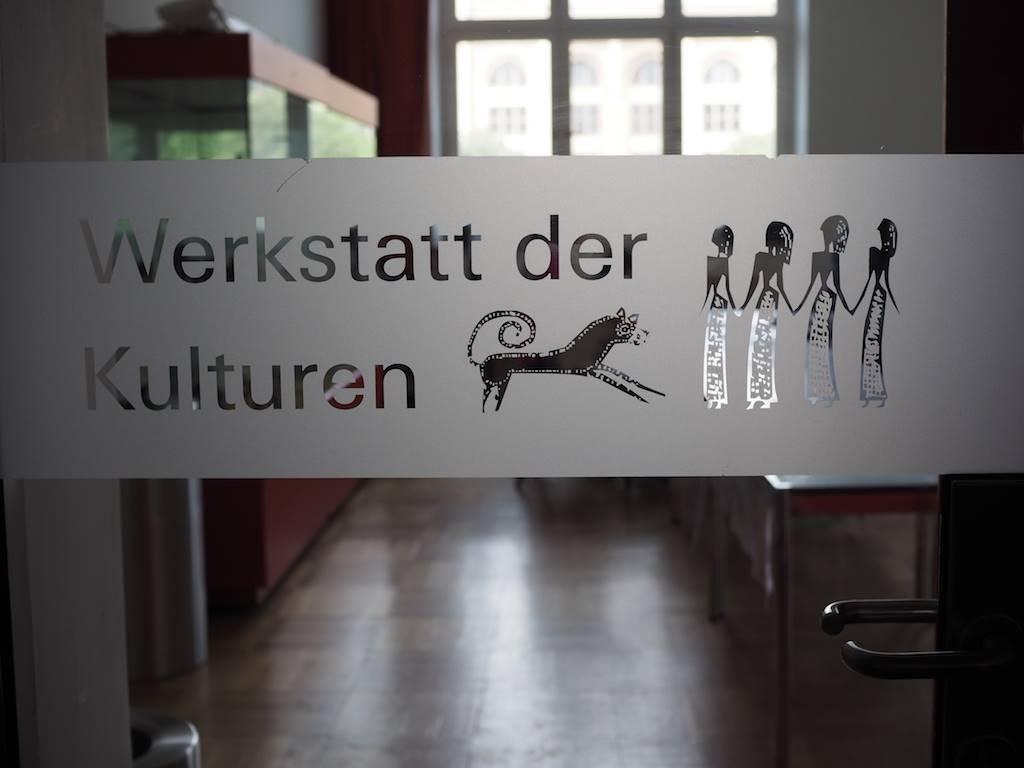 Die Ängste wegen Museumsmuffel war unbegründet. In der Werkstatt der Kulturen im Museum Fünf Kontinente testeten und bastelten die Kinder mit Begeisterung.