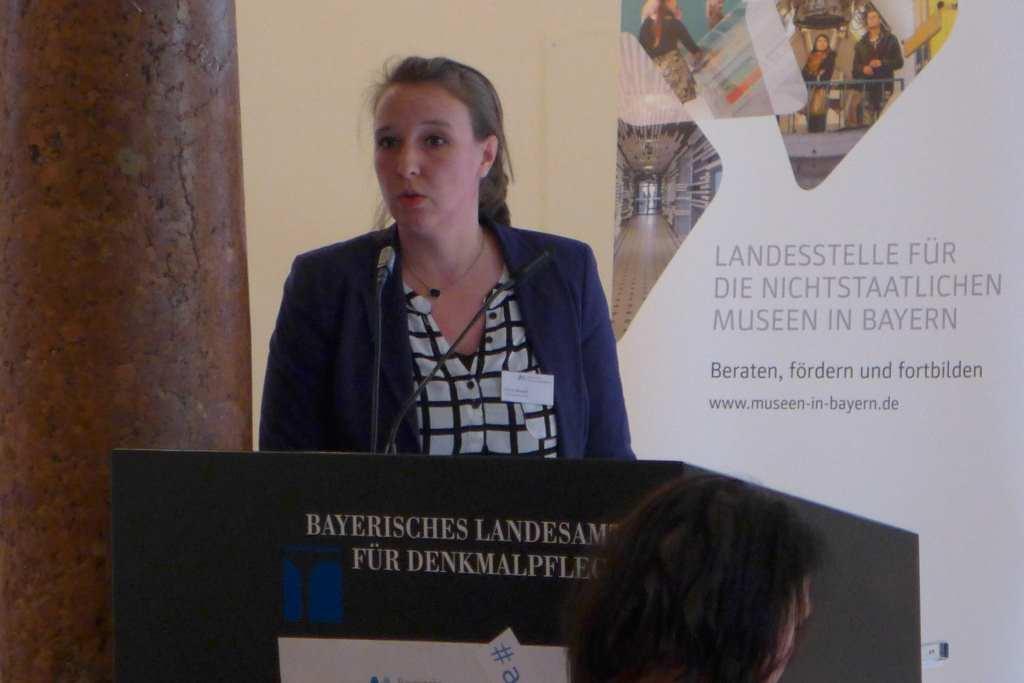 Alissa Krusch von der Kunstsammlung Nordrhein-Westfalen über das Online-Magazin #32 - Contentstrategie #anker16