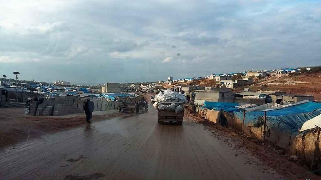 Flüchtlingslager bei Regen in Idlib.