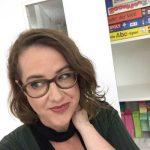 Selfie von Katrin Schroeder, verantwortlich für die digitaler Kommunikation der Münchner Stadtbibliothek.