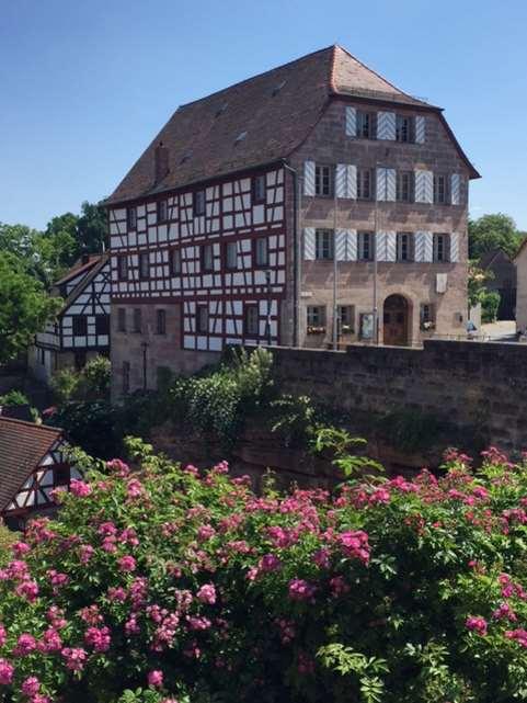Blick vom Burggarten der Cadolzburg. Impressionen für den #HohenzollernWalk. Burg der Hohenzollern