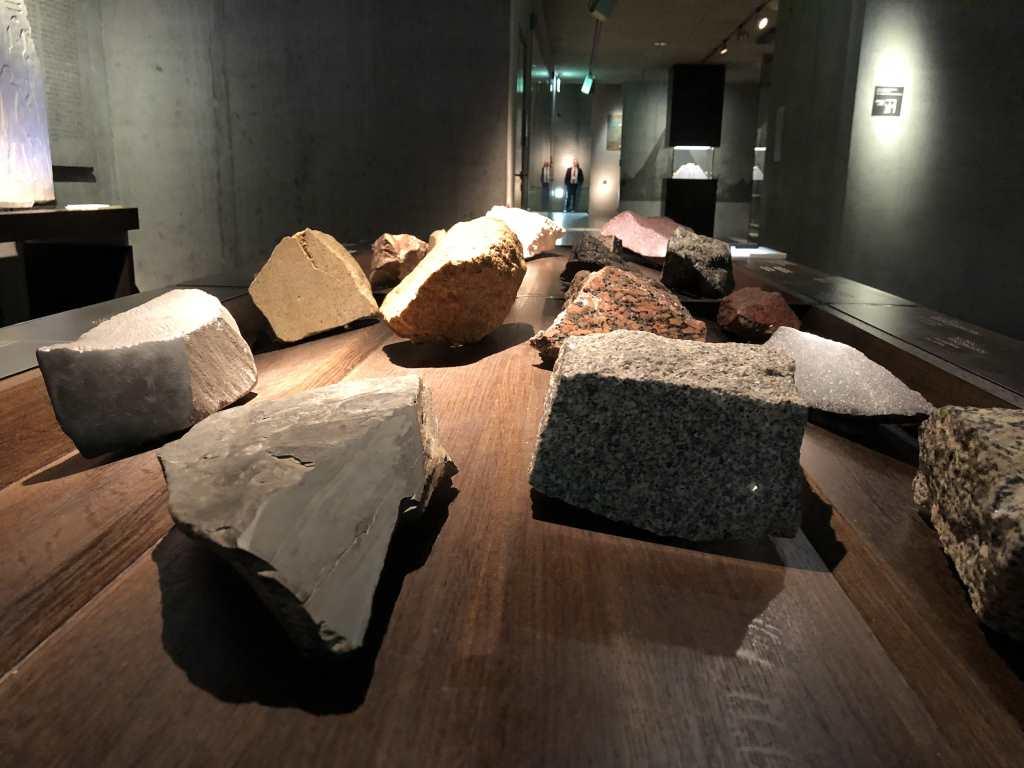 Blind Kunst sehen – ein Selbsttest im Ägyptischen Museum München – Teil 1