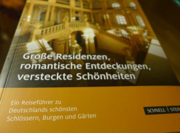 Buchcover: Residenzen und Schlösser - Lektüre.