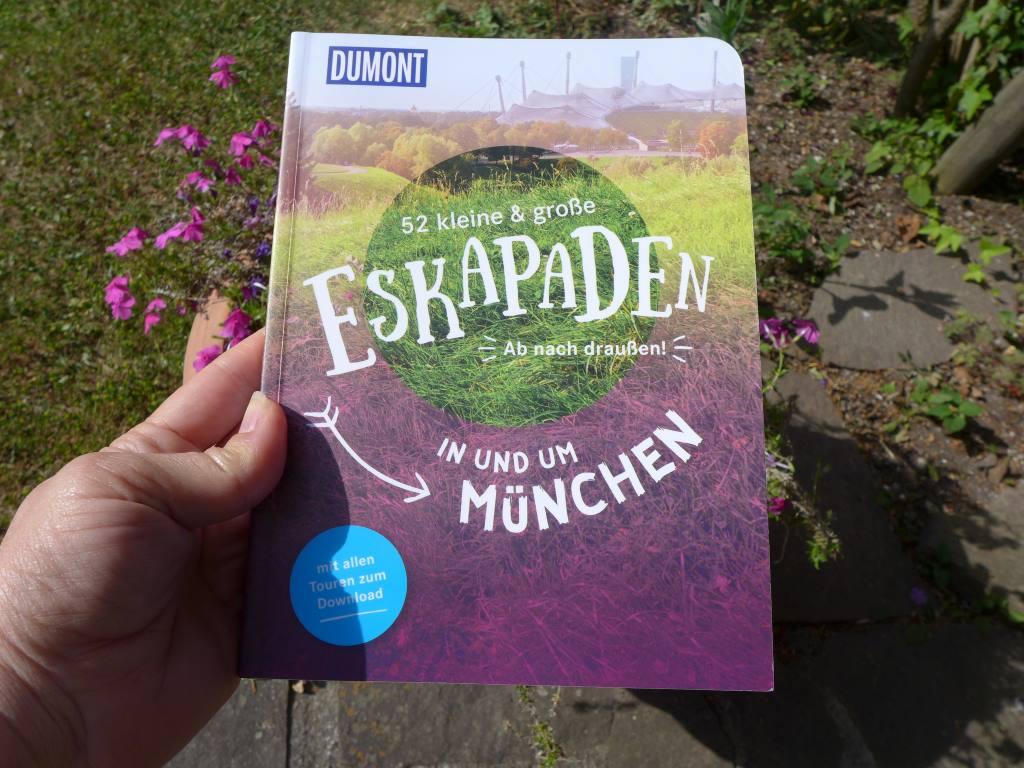 Buchcover von Eskapaden in und um München einschließlich von Lustwandeln in Schleißheim.