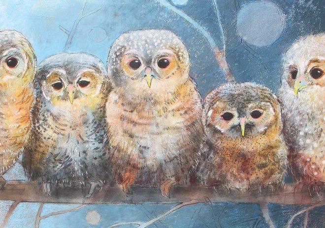 """Loes Botman, """"Vier kleine Eulen"""", nach 2010. Pastellzeichnung, 75 x 120 cm. Mit freundlicger Genehmigung der Kunstlerin. Vgl. https://loesbotman.nl / Digitale Transformation"""
