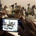 Parforcejagd als Desserttafel. Terrakotta-Figuren aus der Nymphenburger Porzellanmanufaktur mit Handy fotografiert fuer den BloggerWalk #BNMARTDogs im Bayerischen Nationalmuseum