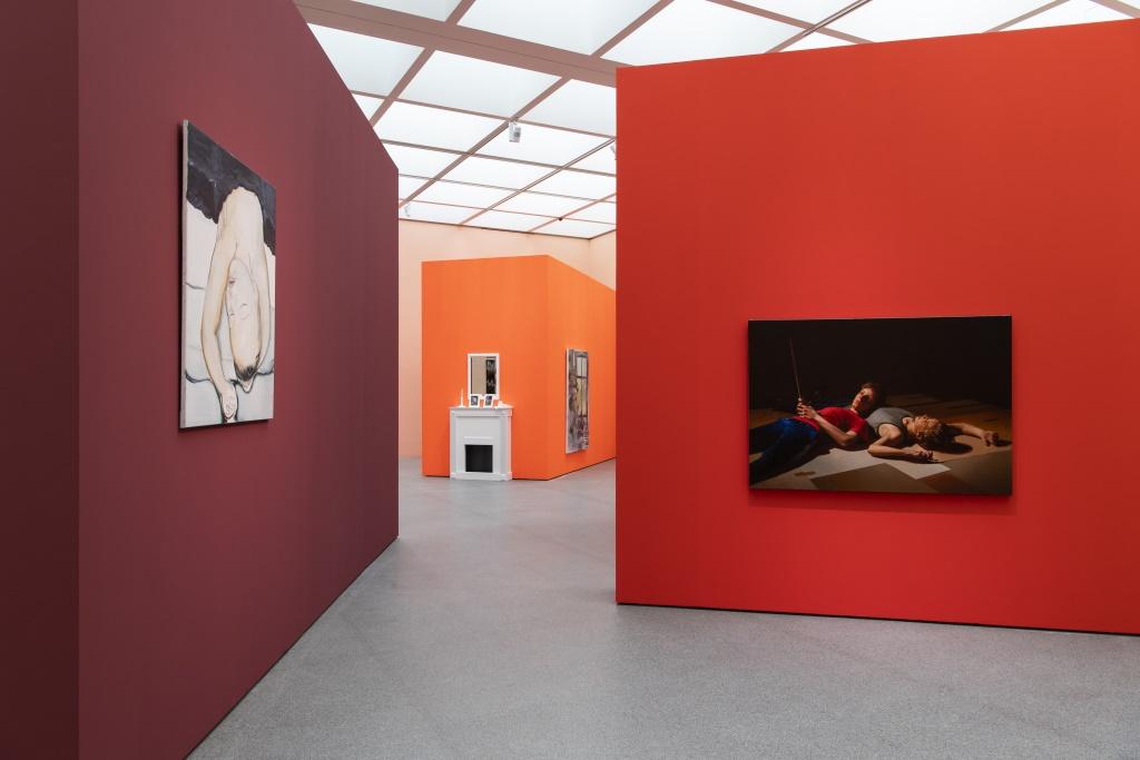 Blick in die Ausstellung Feelings der Pinakotheken der Moderne.